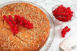 Johannisbeerkuchen mit Mandeln Ribiselkuchen Träubleskuchen Rezept